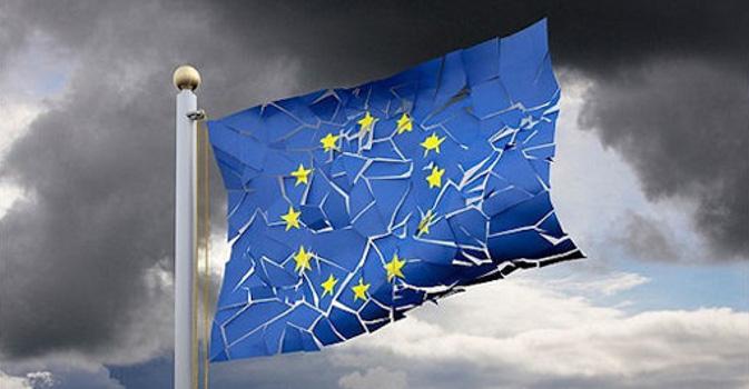 DEF vs SPREAD – Lo strumento politico per ribaltare i governi